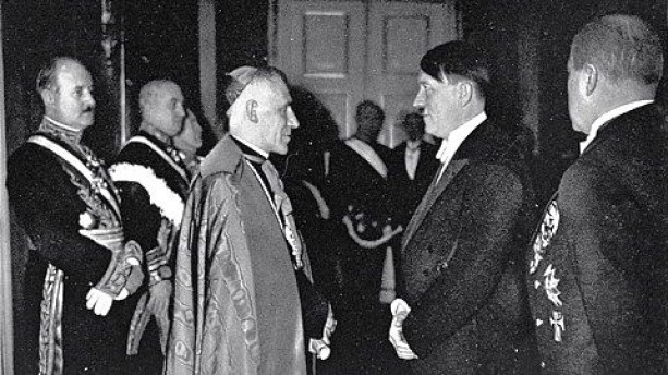 hitler pope connection.jpg