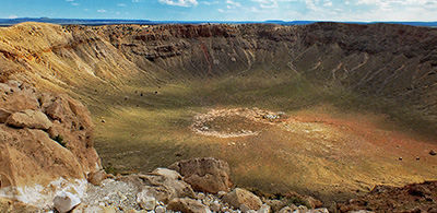 meteor crater Arizona.jpg