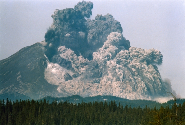 Mt. st Helens 1980 eruption.jpg