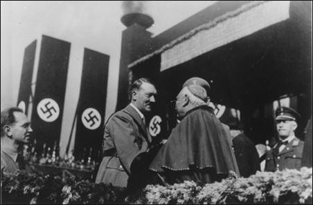 hitler_cardinal-nazis[1].jpg