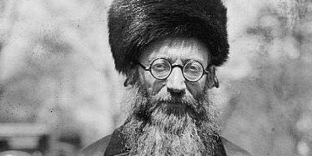 Rabbi-Abraham_Isaac_Kook.jpg